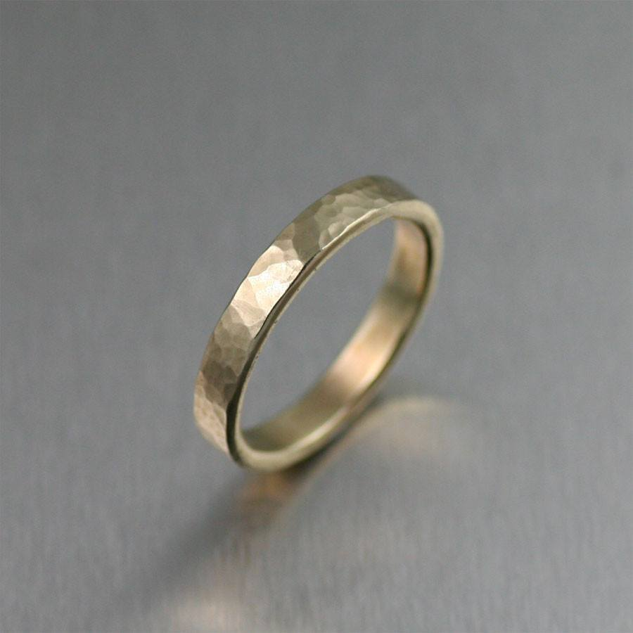 3mm Hammered 14K Gold Band Ring - johnsbrana