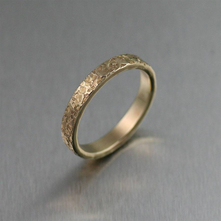 3mm Texturized 14K Gold Band Ring - johnsbrana
