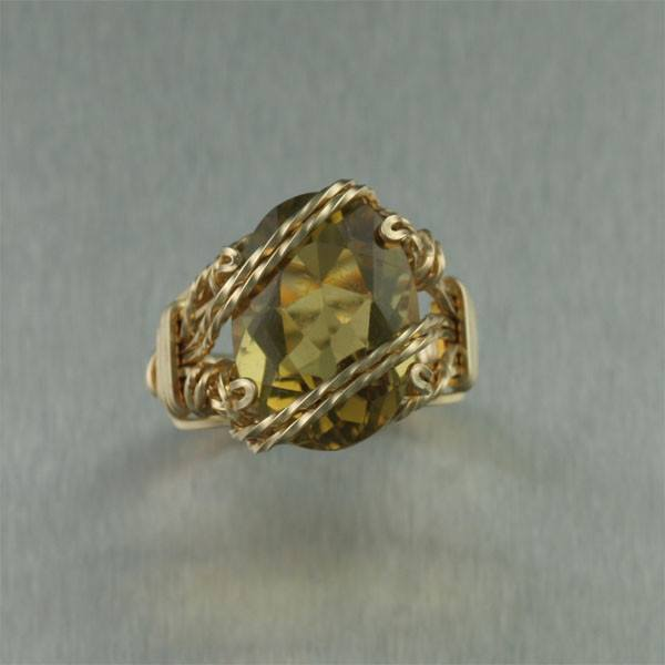 Green Gold Quartz 14K Gold-filled Cocktail Ring - Cushion Cut - johnsbrana - 2