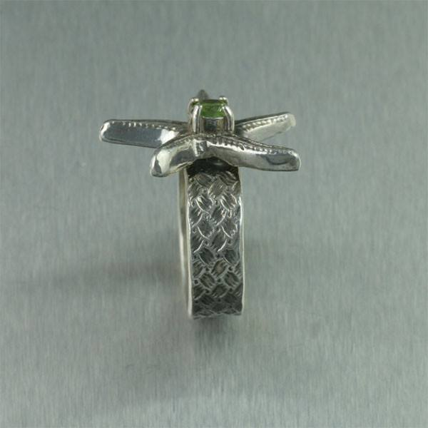 Sterling Silver Starfish Ring with Peridot - johnsbrana - 3