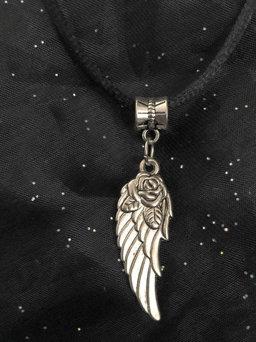 Choker/Angel Wing with Rose CH1031