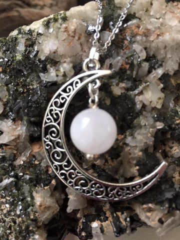 Lunar Pendant/Rose Quartz