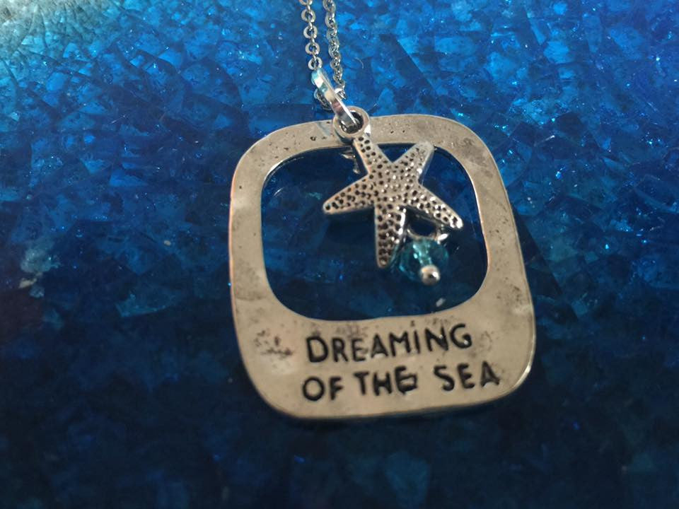 Dreaming of the Sea Silver Pendant (Starfish) P1035