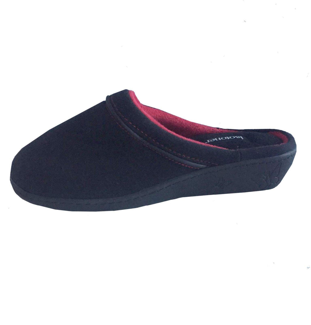 Slip on Black Slipper