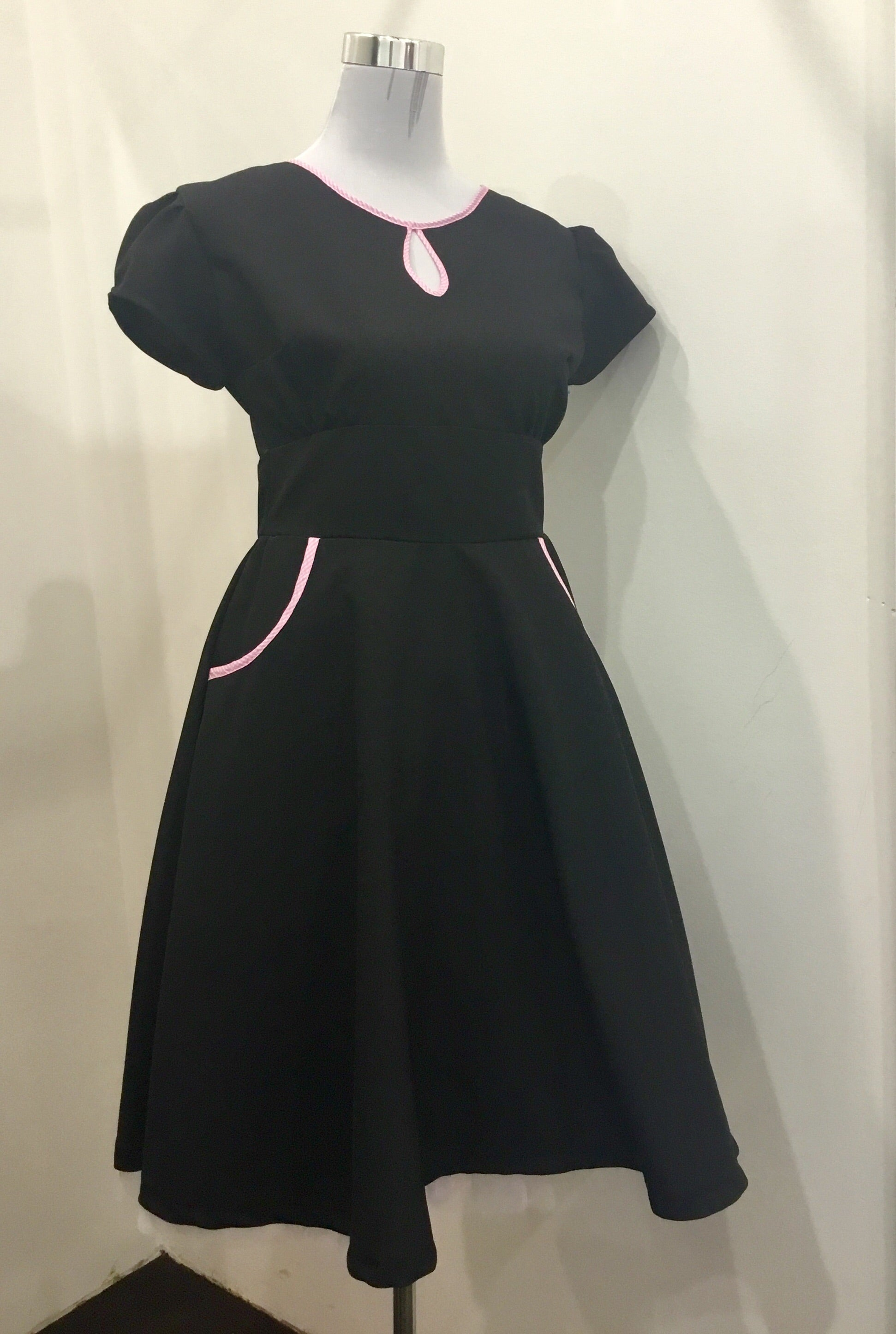 DRESS - HANDMADE - Black Fancy - Atomic Retro