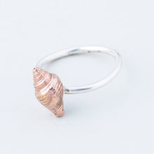 Load image into Gallery viewer, Shell Stacking Ring