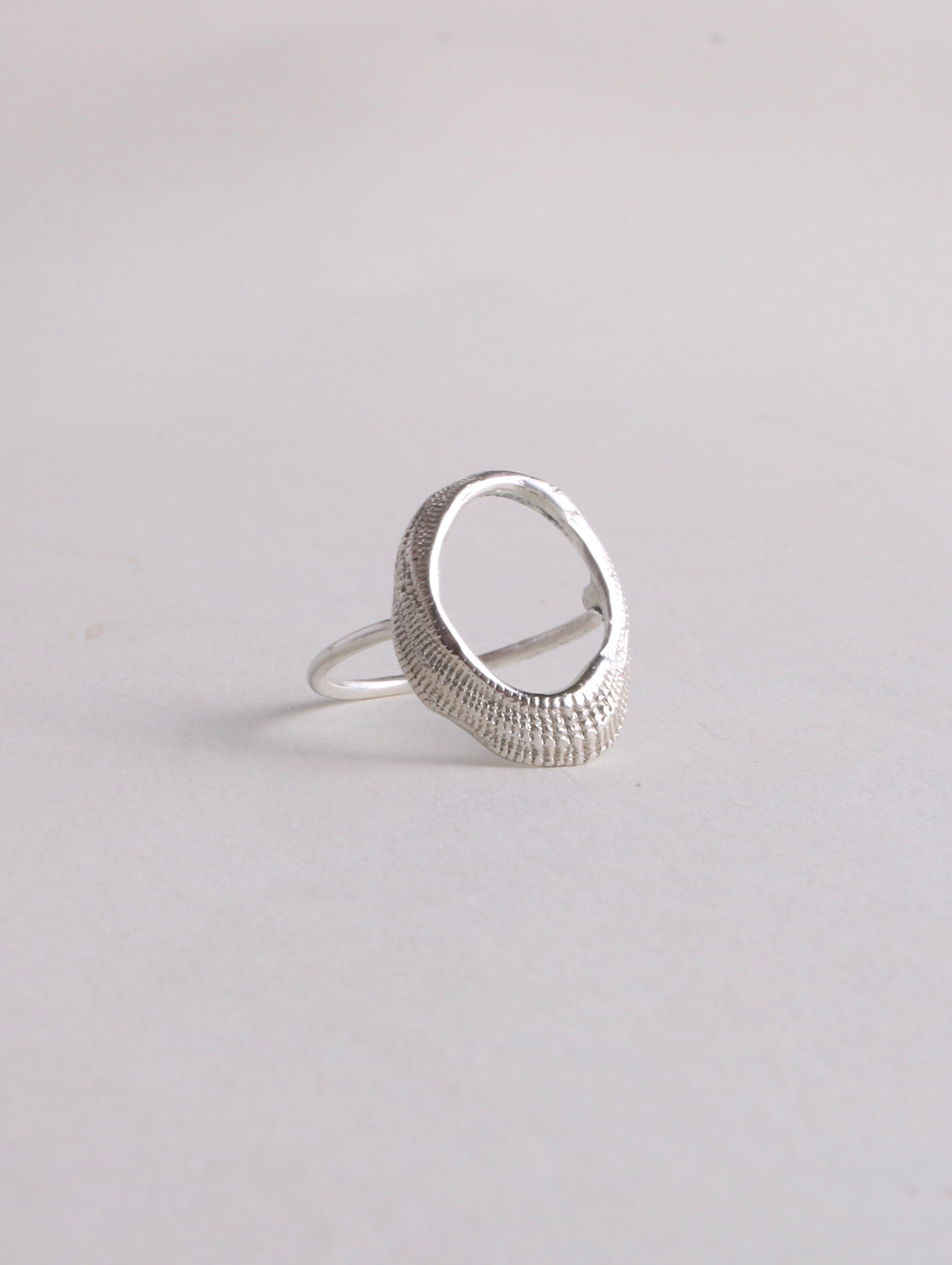 Oval Shell Ring