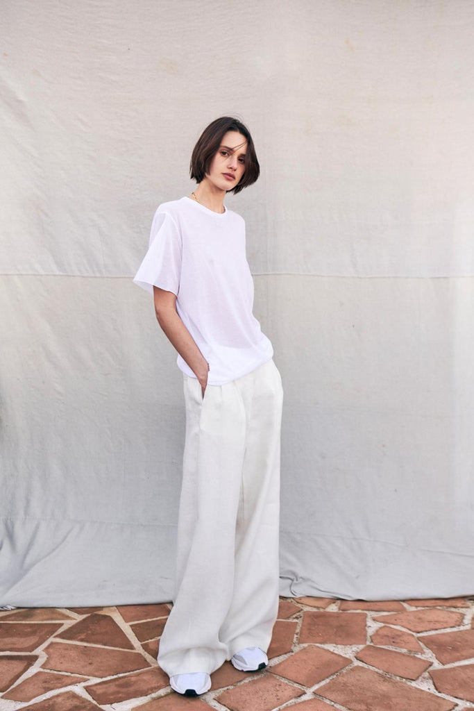 Fine Knit White Short Sleeve Top