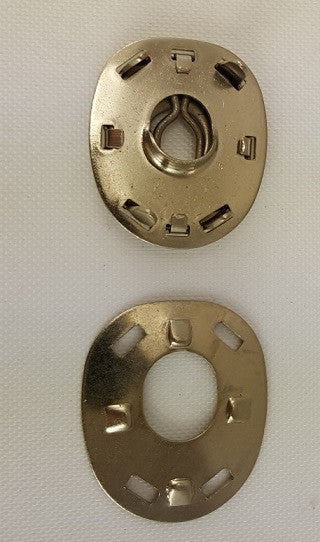 Socket with Clinch Plate