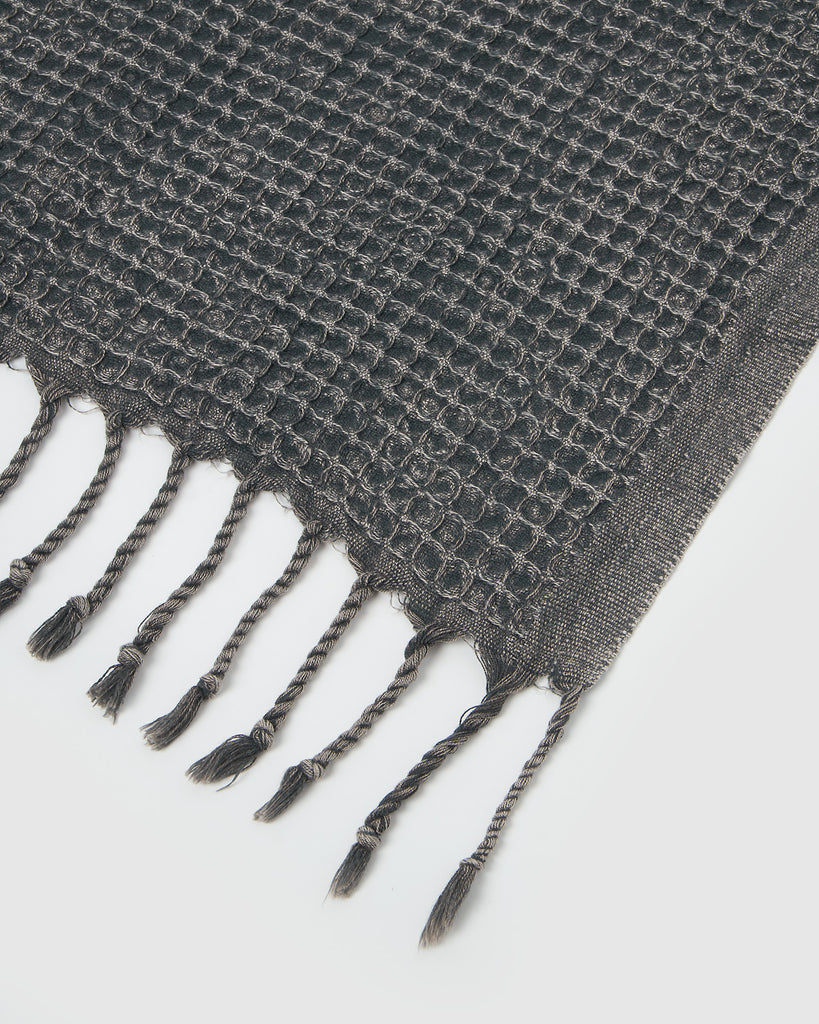 Miz Casa & Co Crete Waffle Throw Charcoal