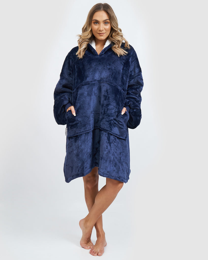 Miz Casa & Co Luxury Hooded Blanket Navy
