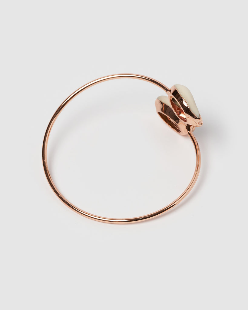 Miz Casa & Co Cowrie Solid Bracelet Rose Gold White