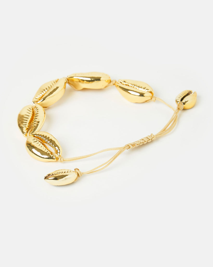 Miz Casa & Co Statement Cowrie Bracelet Gold