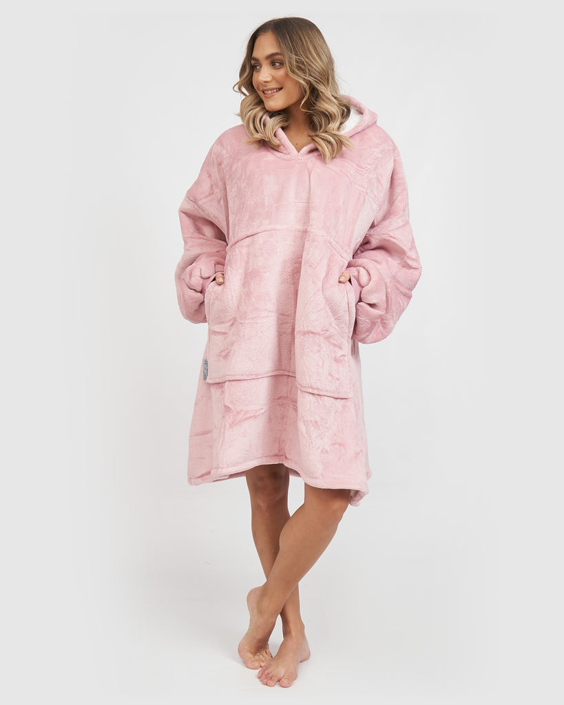 Miz Casa & Co Luxury Hooded Blanket Blush