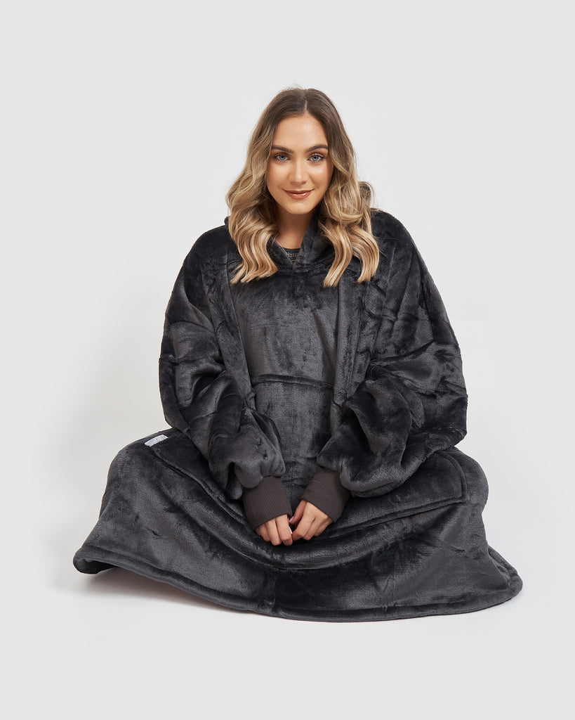 Miz Casa & Co Luxury Hooded Blanket Grey