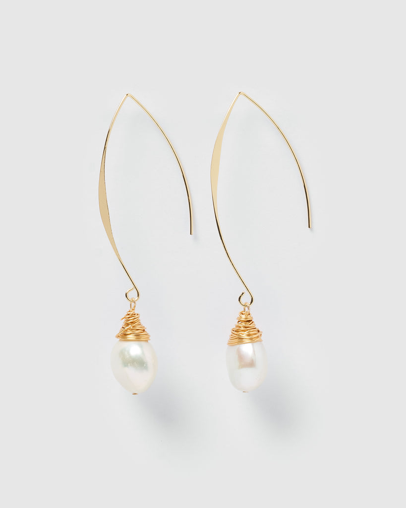 Miz Casa & Co Nadia Simple Drop Earrings Gold Pearl
