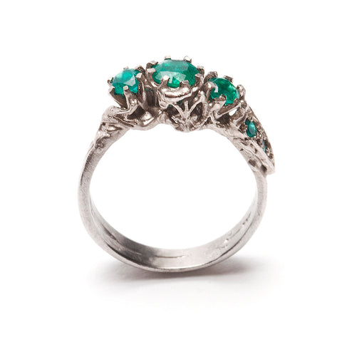 Art Nouveau Ring Emerald