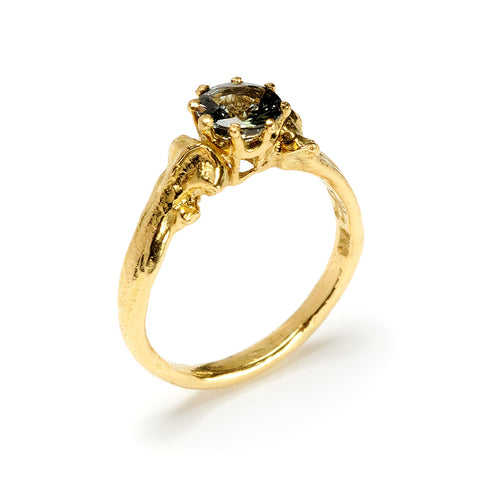 Bone Ring 5mm Solitaire - Gold Green Sapphire