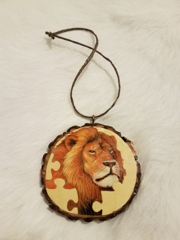 'Puzzled Lion' Ornament