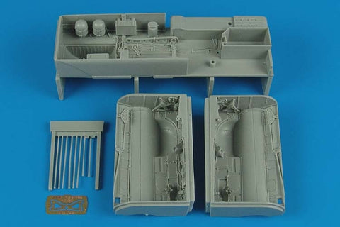 1/32 SU-25K  FROGFOOT A WHEEL BAYS