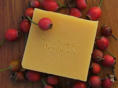 Rosehip body cleansing bar