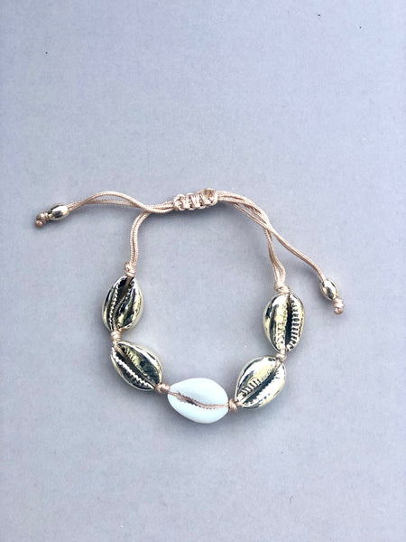 Vacay Shell armbånd, FOUR GOLD