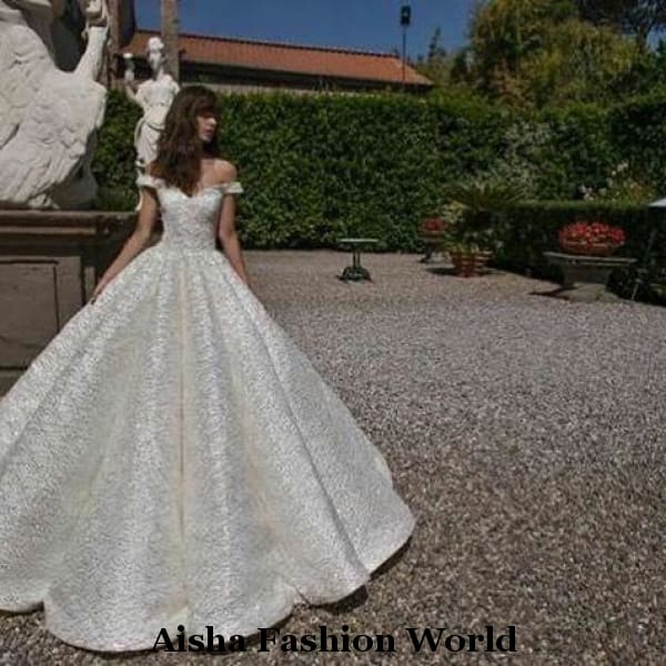 Glamorous detailed ball wedding dress - aishafashionworld