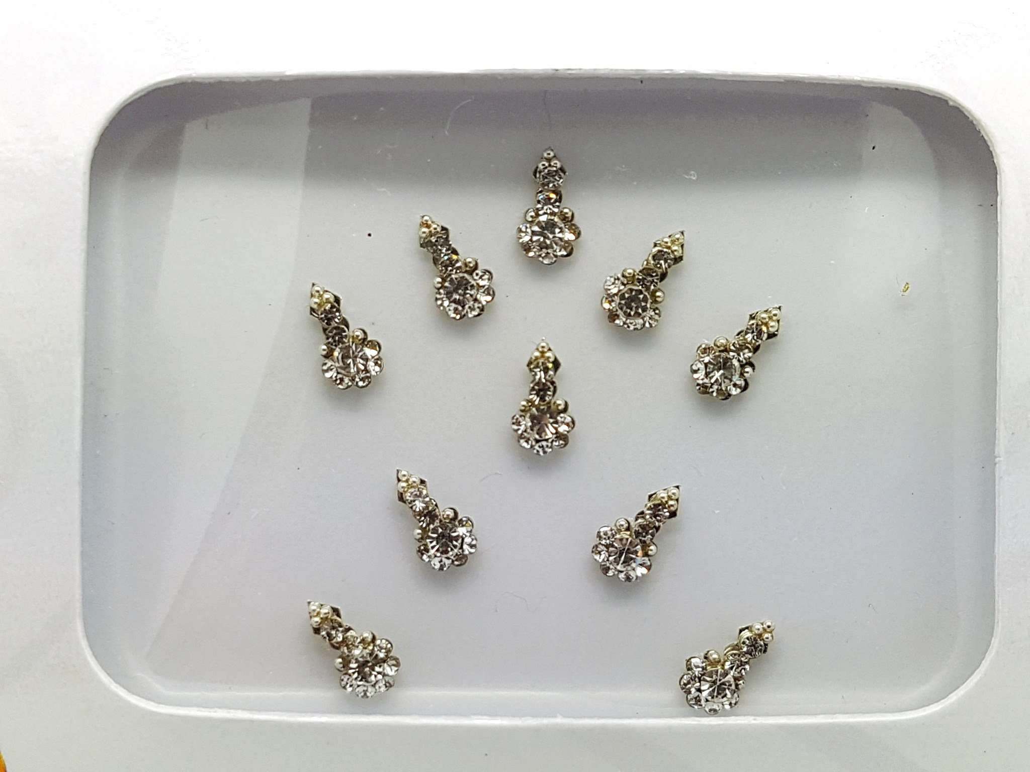 Pack of Small Silver bindi - RR 1151 kp (10 silver bindis) - Prachy Creations