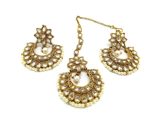 Prachy Creations : 15ER3648 kt - A beautiful set of Tika and earrings - Bollywood party, bride, Clear / Antique / Large