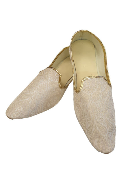 0010 Very comfortable Brocade Cream Mojri - Indian Mens shoes - Bollywood - Mojari, Khossay - JRT03