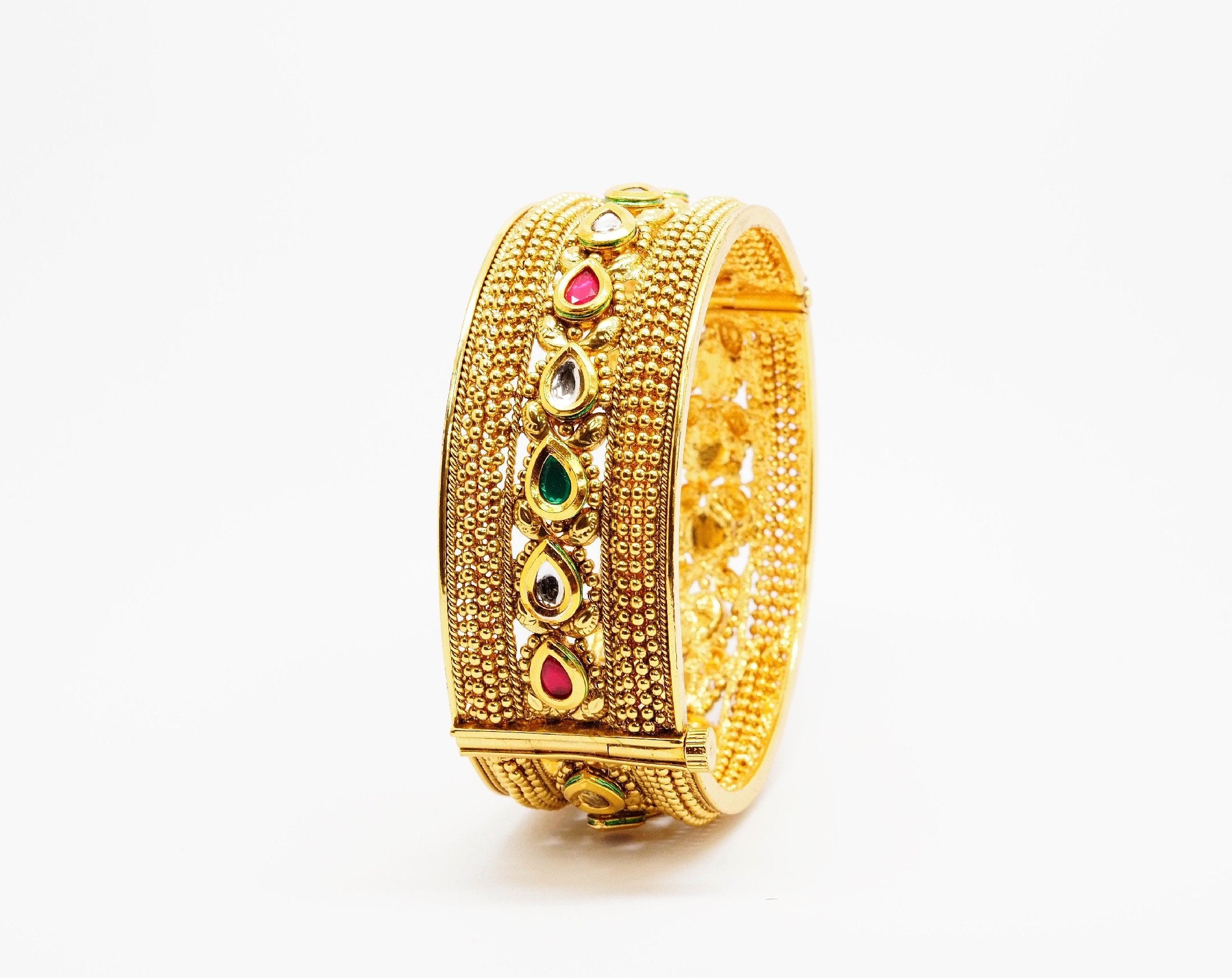 Openable Gold finish Kada Bangle - Various sizes - Bollywood - Weddings -  AE6101 Jp0919