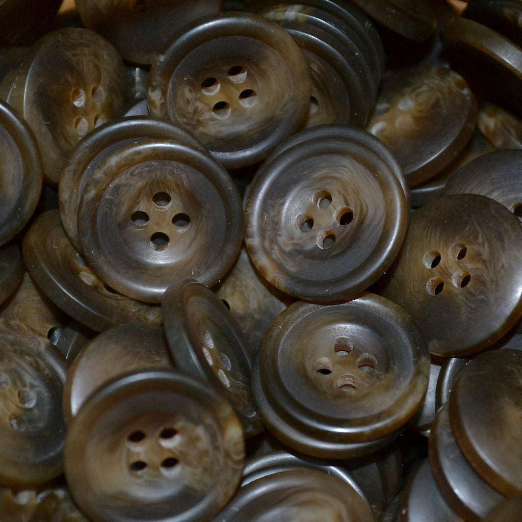 Brown Resin Pimbo Buttons - Large (32 Ligne)