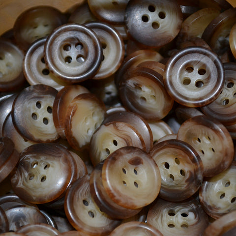 Light Brown Resin Pimbo Buttons – Small (24 Ligne)