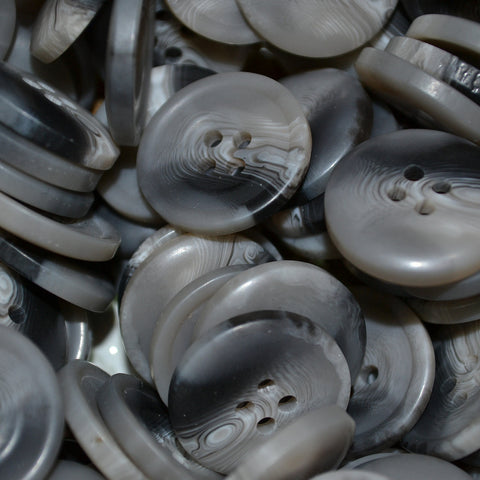 Light Grey Resin Pimbo Buttons - Large (32 Ligne)