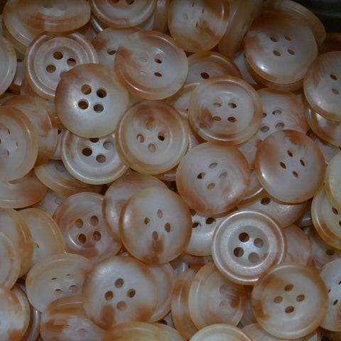 Natural Resin Pimbo Buttons – Small (24 Ligne)