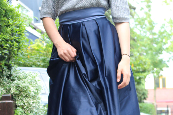 How to wear the Navy Sola Skirt