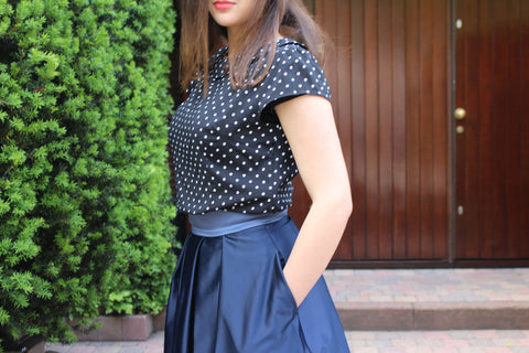 How to wear the navy sola skirt blog modest fashion modest woman long skirt long modest skirt