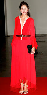 Olivia Palermo modest fashion modest woman nesci blog take a look in the closet of
