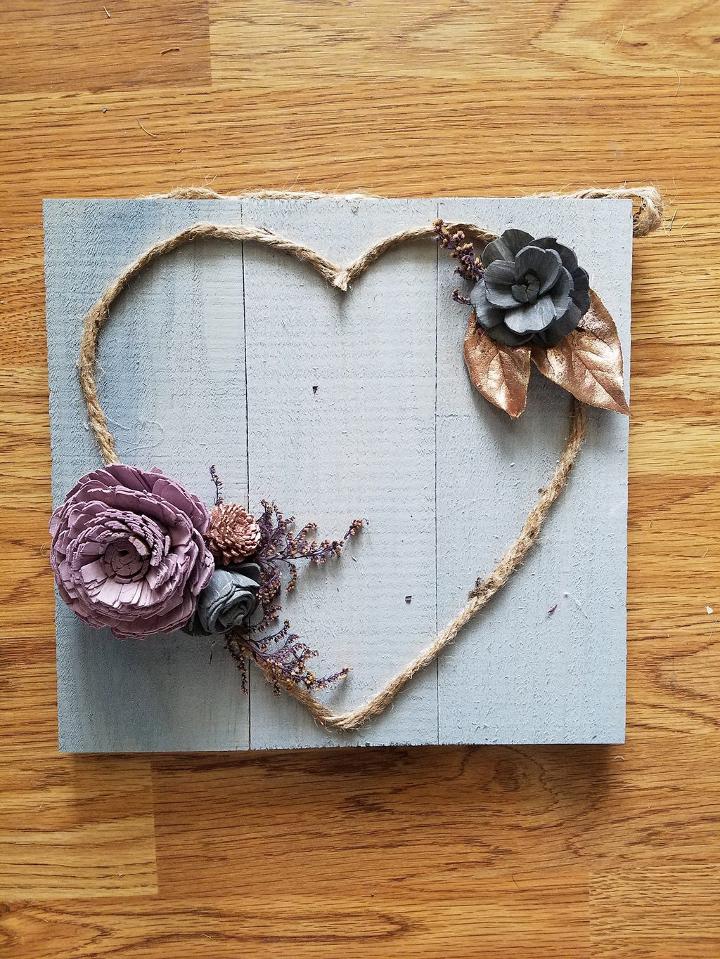 Twine Heart Sign