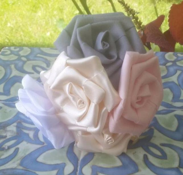 Large Single Stem Roses