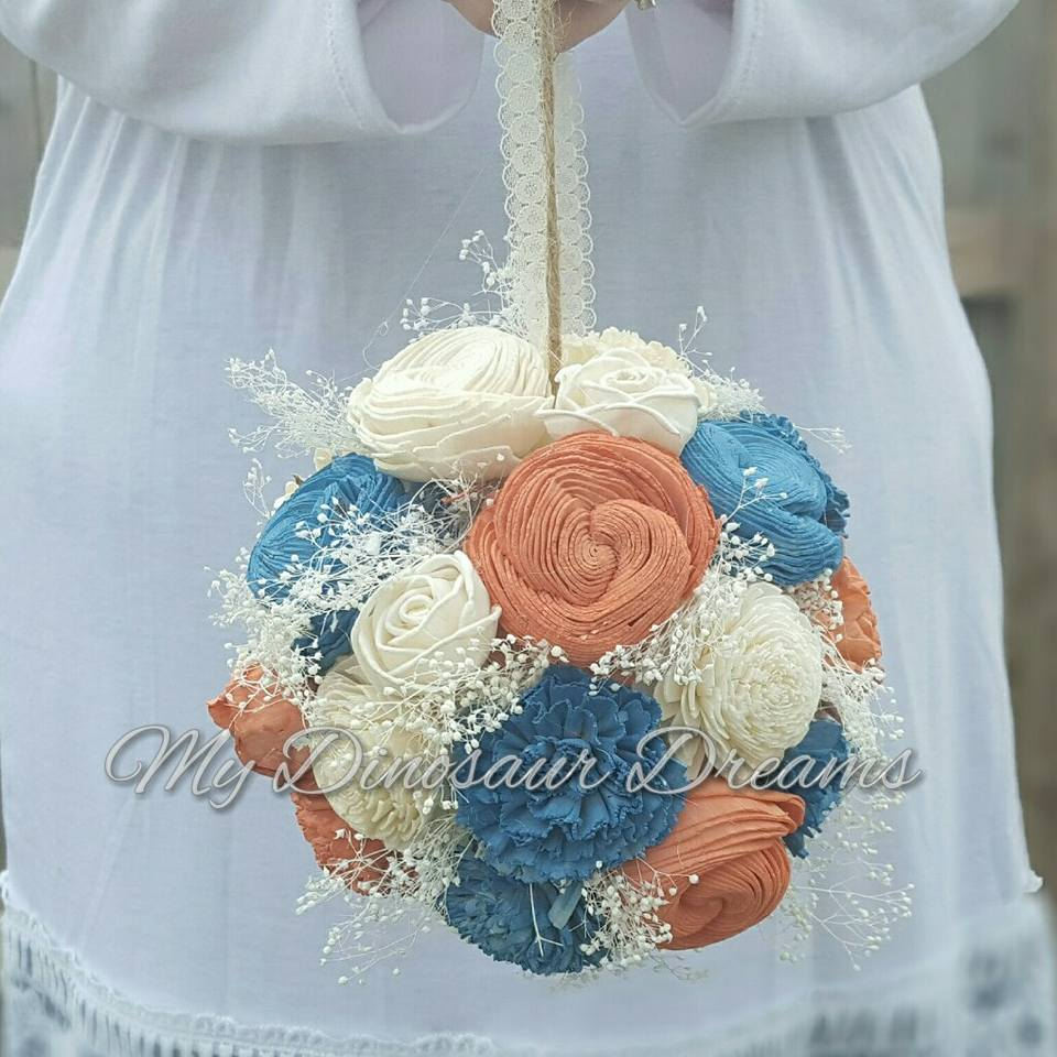 Sola Flower Kissing Ball