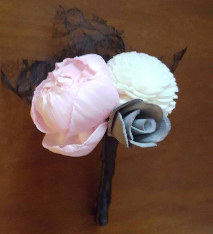 Peony Prom Special Boutonniere
