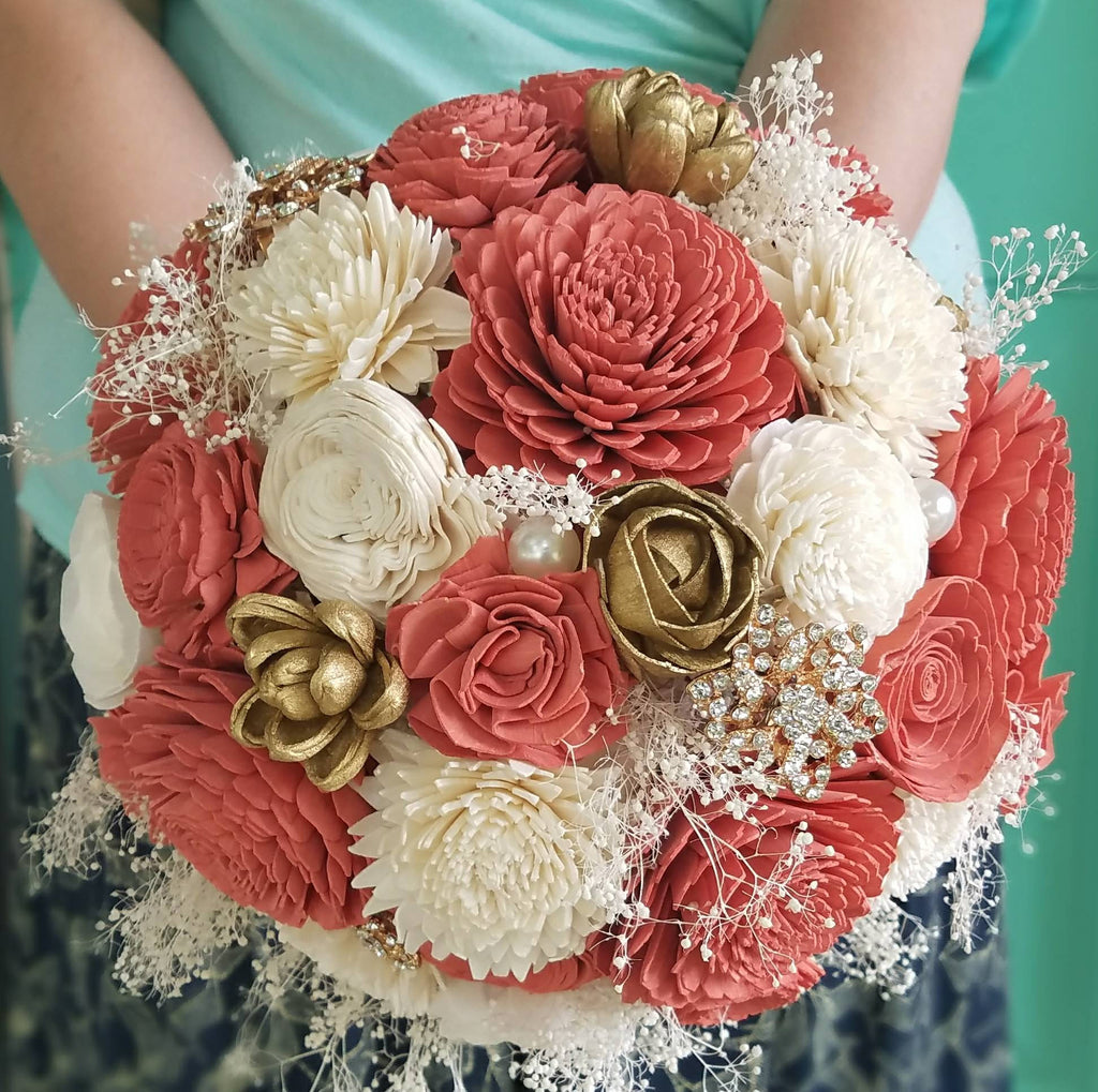 Rosy Gold Wooden Bouquet