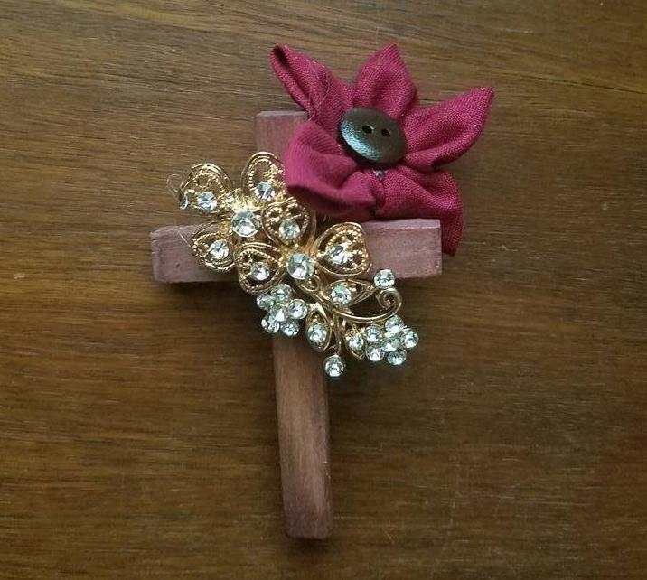 Officiant Cross Boutonniere