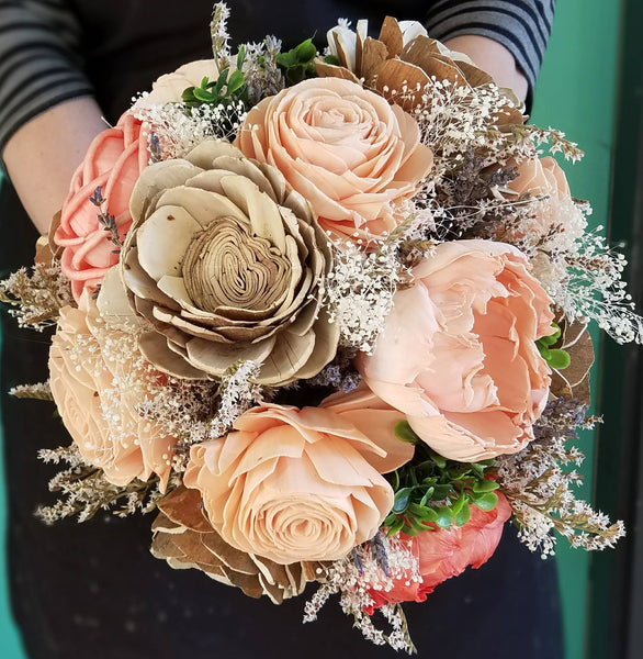 Pretty as a Woodland Peach Bouquet