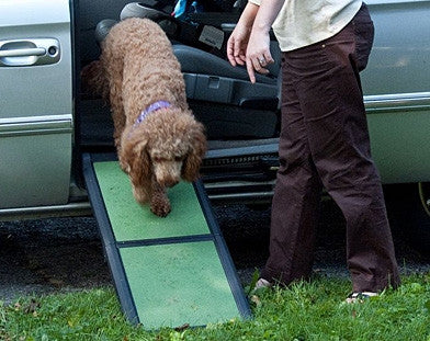 Pet Gear Short Bi-Fold Pet Ramp