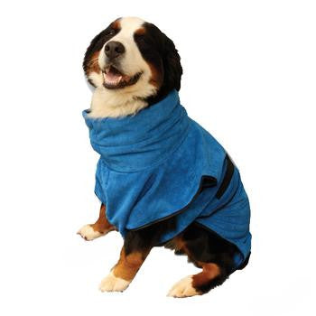 Keep bath time clean and fun with this handy dog wrap from FURminator!