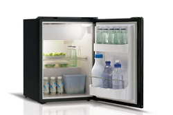 C39i Fridge Freezer Silver