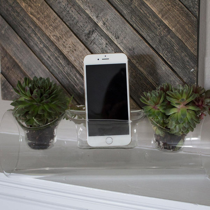 plant amp planter in use on mantel