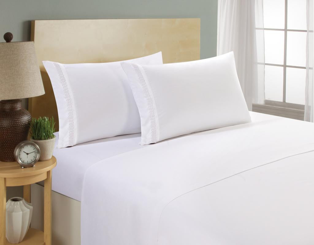 Exceptionnel Clara Clark 1800 Series White Bed Sheet Set With Chevron Colored Design On  Pillowcase